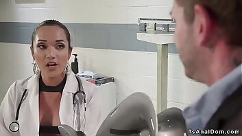 Gorgeous shemale doctor anal fucks guy