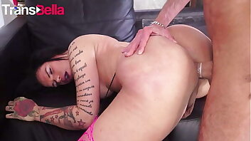 TRANS BELLA - (Kelly Cesario & Raul Montana) Big Booty Tranny Takes It Deep From Old Daddy